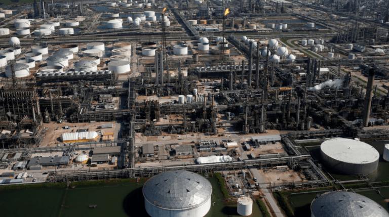 Vista aérea de la refinería Deer Park, en Texas, EU / Foto: EFE