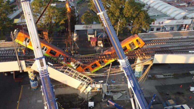 Derrumbe de tramo elevado del metro de la CDMX