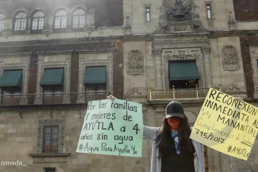 María Elena pide en Palacio Nacional la reconexión de Ayutla Mixe a su manantial