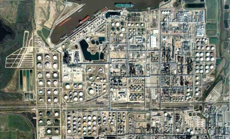 Babin pone en duda la venta de la refinería en Deer Park